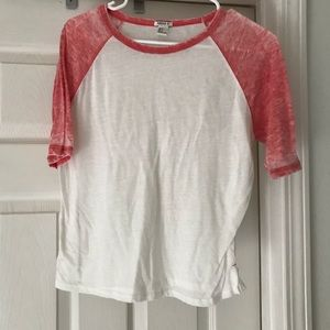 Red Baseball tee Thin Vintage Wash